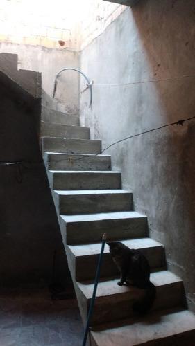 Imagem 1 de 1 de Escada