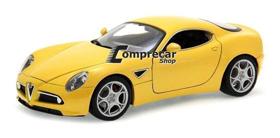 Miniatura Alfa Romeo 8c Competizione Amarelo Bburago 1/18