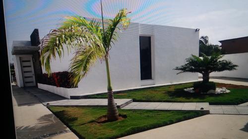 Imagen 1 de 8 de Casa Vacacional Con Piscina Higuerote. Eventos