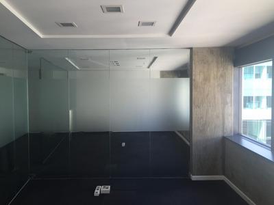 Oficina En Ciudad Vieja - Edificio Corporativo