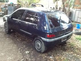 Renault Clio Dado De Baja Definitivo Sin Motor !