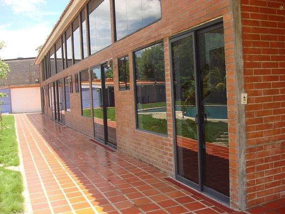 Se Vende Posada 3269 M2 Higuerote