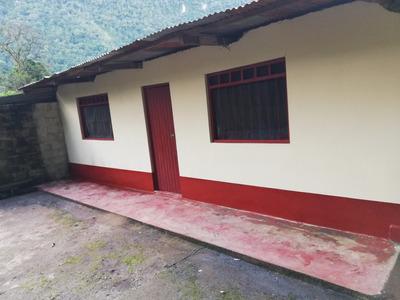 Se Vende Una Casa Con Terreno De 377 M2, Con Todos Los Servi
