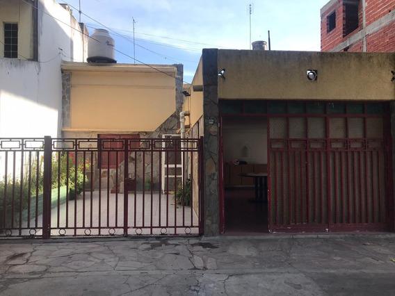 Casa En Alquiler. La Plata.