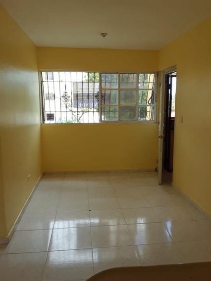 Apartamento Amplio Detras De La Sirena, Villa Mella, Sdn