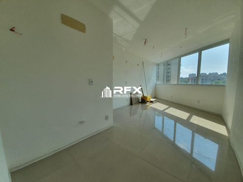 Sala Comercial Com 1 Dormitórios Para Alugar - Santa Rosa, Niterói/rj - Sal22301