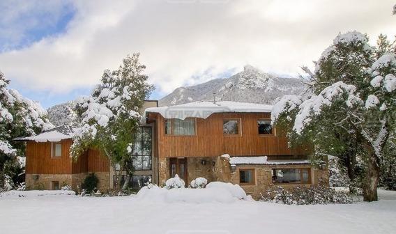 Casa En Alquiler Ubicado En Arelauquen Golf & Cc, Bariloche