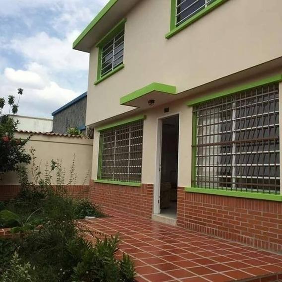 336mts2 Venta De Casa Quinta En El Trigal Centro