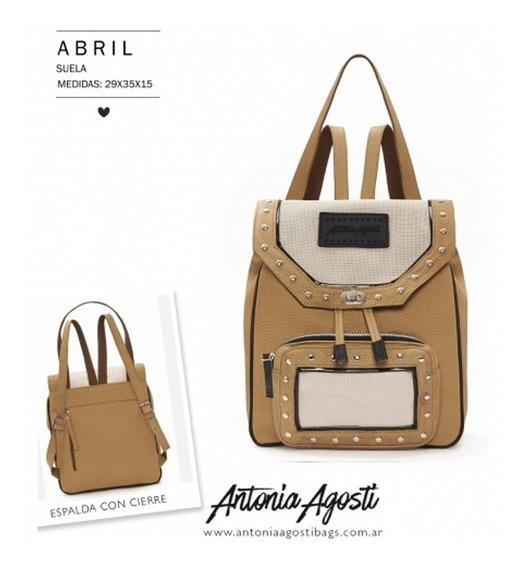Mochila #abril - Antonia Agosti