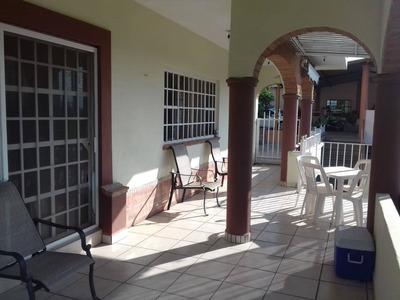 Casa En Renta Adrian Villaseñor, Loma Bonita