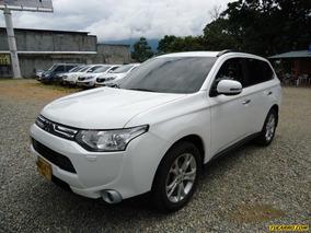 Mitsubishi Outlander .
