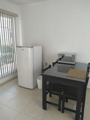 Habitacion Ubicada En Cuesta Bonita Renta $3,000...