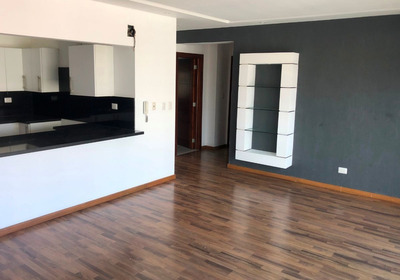Coqueto Apartamento De 2h, 2b Y 2p
