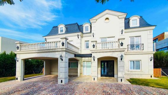 Impresionante Casa En Barrio Lagos Del Golf