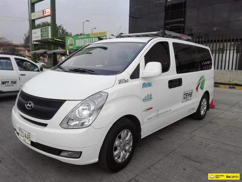 Microbus Hyundai H1 Starex