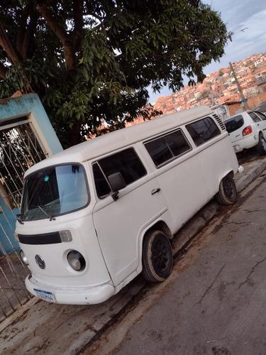Imagem 1 de 7 de Volkswagen Kombi Carat
