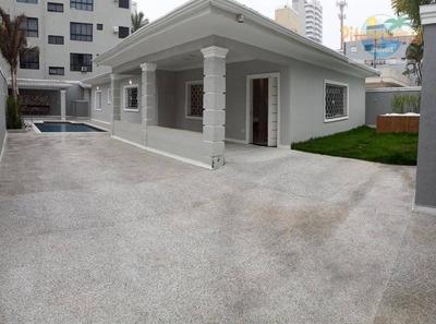 Praia Do Tombo - Maravilhosa Casa Toda Reformada, 04 Suítes, Piscina, Churrasqueira E Jacuzzi. - Ca0070