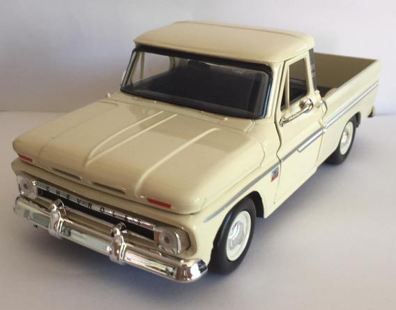 Miniatura Chevy C10 Pick Up 1966 1:24