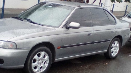 Imagem 1 de 4 de Subaru Legacy 1998 2.5 Gx 4x4 Aut. 4p