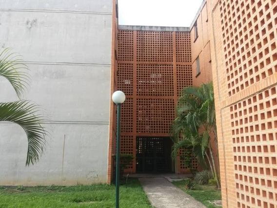 Apartamento En Venta En El Tulipan 20-4886 Ac