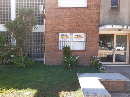 Apartamento En Venta En La Ciudad De Las Piedras.
