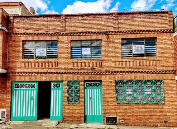 Casa 2 Pisos 8 Habitaciones Amplia Bifamiliar
