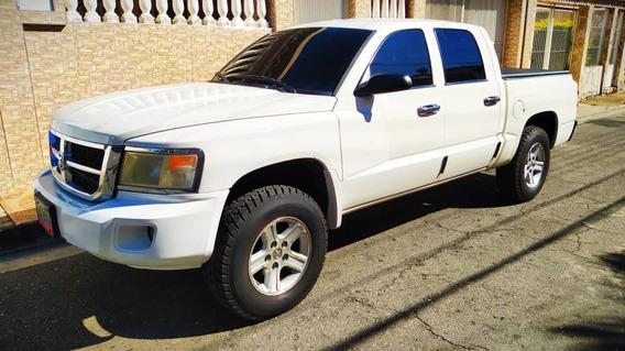 Dodge Dakota Slt