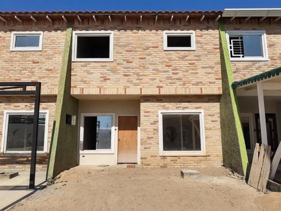 Terras Plaza En Venta Twon House Mls #20-10644 Jt