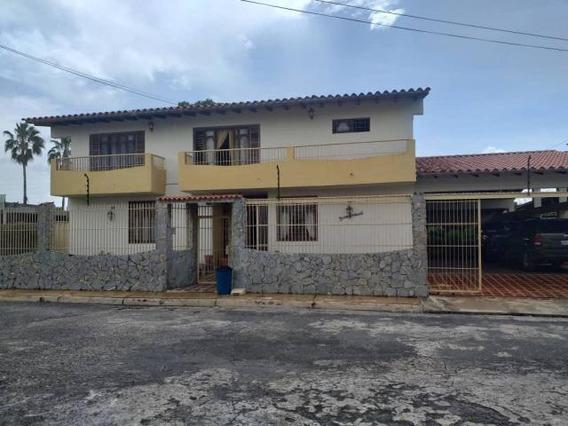 Casas En Venta Colinas Santa Rosa Flex N° 20-12455 Lp