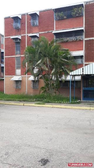 Apartamentos En Venta 04124823569