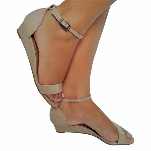 9dc31466eb6b1 Sandalia Feminina Nude Verniz Salto Baixo Anabela - R$ 99,00 em Mercado  Livre