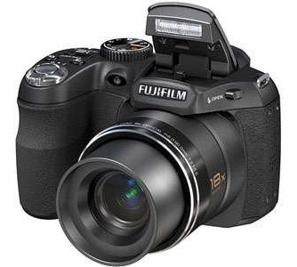 Câmera Digital Semiprofissional Fujifilm Finepix S1800