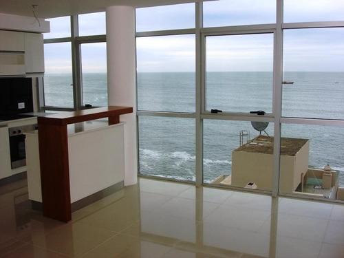 Departamento 2 Ambientes Con Cochera Moderno Con Vista Plena Al Mar. Zona Cabo Corrientes.