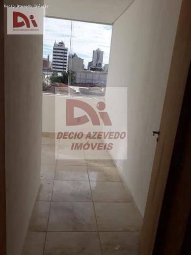 Kitnet Com 1 Dormitório Para Alugar, 33 M² Por R$ 635,00/mês - Centro - Taubaté/sp - Kn0003