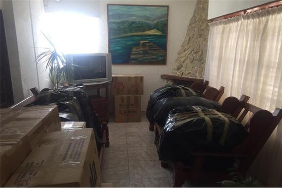 Vendo Casa 2 Dormitorio Con Departamento 1 Dor.