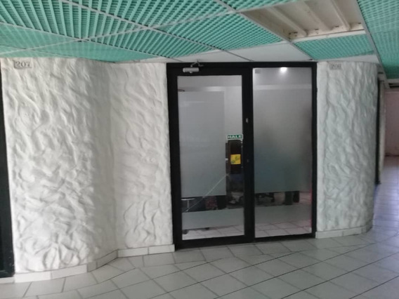 Vendo Oficina En El Ccm Av Bolivar
