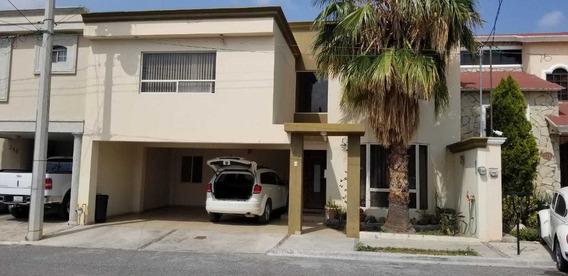 Se Renta Hermosa Casa En Frac. Privado Al Norte De Saltillo