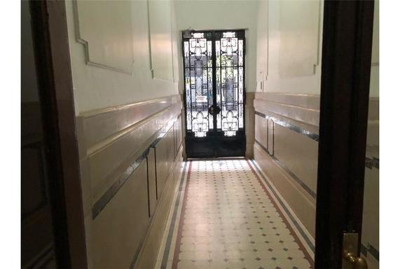 Cuatro Ambientes Monserrat / Edificio Señorial