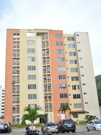 Apartamento En Res. Doral Country Club. El Rincón. Ata-426