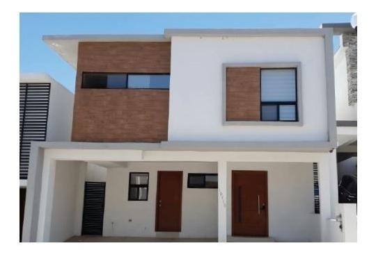 Venta Casa Albaterra Con Alberca !!!