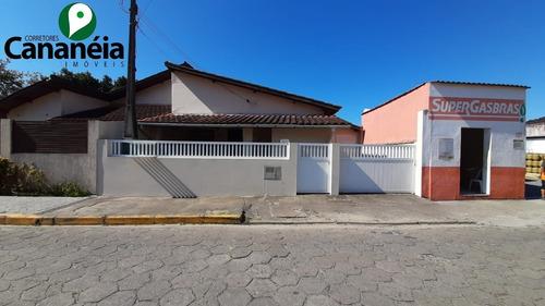 Imagem 1 de 30 de Casa 3 Dormitórios Para Venda No Centro De Cananéia/sp - Ca00085 - 68854824