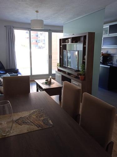 Venta Buceo Dos Dormitorios Dos Baños, Con Renta