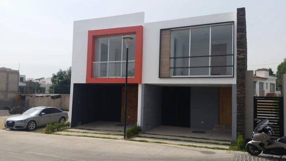 Casa Dentro Del Fraccionamiento Punta Norte