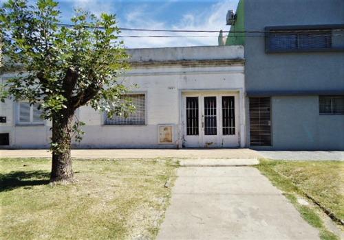 120 E/ 76 Y 77 - Casa/ Dpto