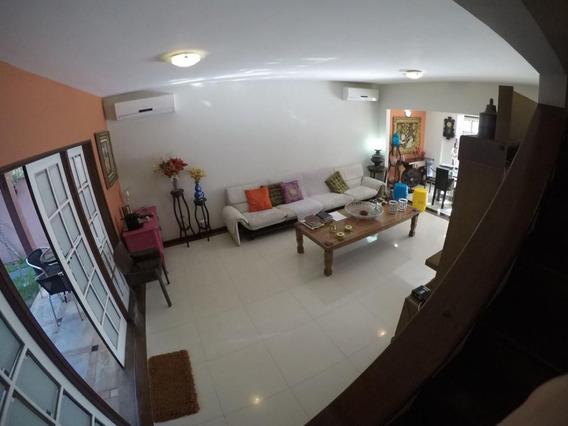 Casa Camboinhas Quadra Praia 4 Quartos Estuda Permuta 2 Quar - 482