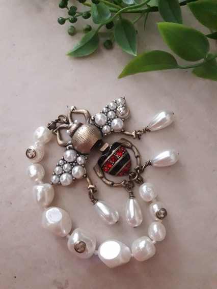 Brazalete De Perla Con Escarabajo G