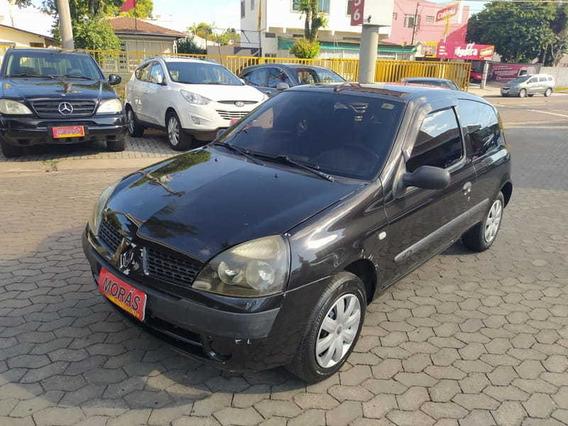 Renault Clio Authentique 1.0 8v