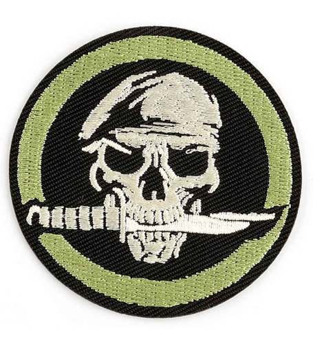 Imagen 1 de 3 de Calavera Cuchillo Boina Fuerzas Especiales Parche Bordado Xk
