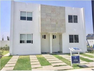(crm-4812-601) Casa Venta Fracc. Tres Cantos $1,150,000 Lauagu Egq2
