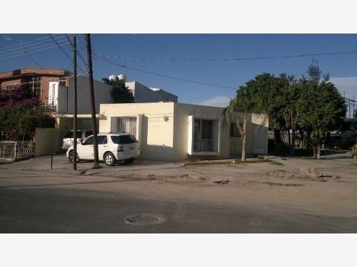 Casa Sola En Venta Fraccionamiento Las Rosas